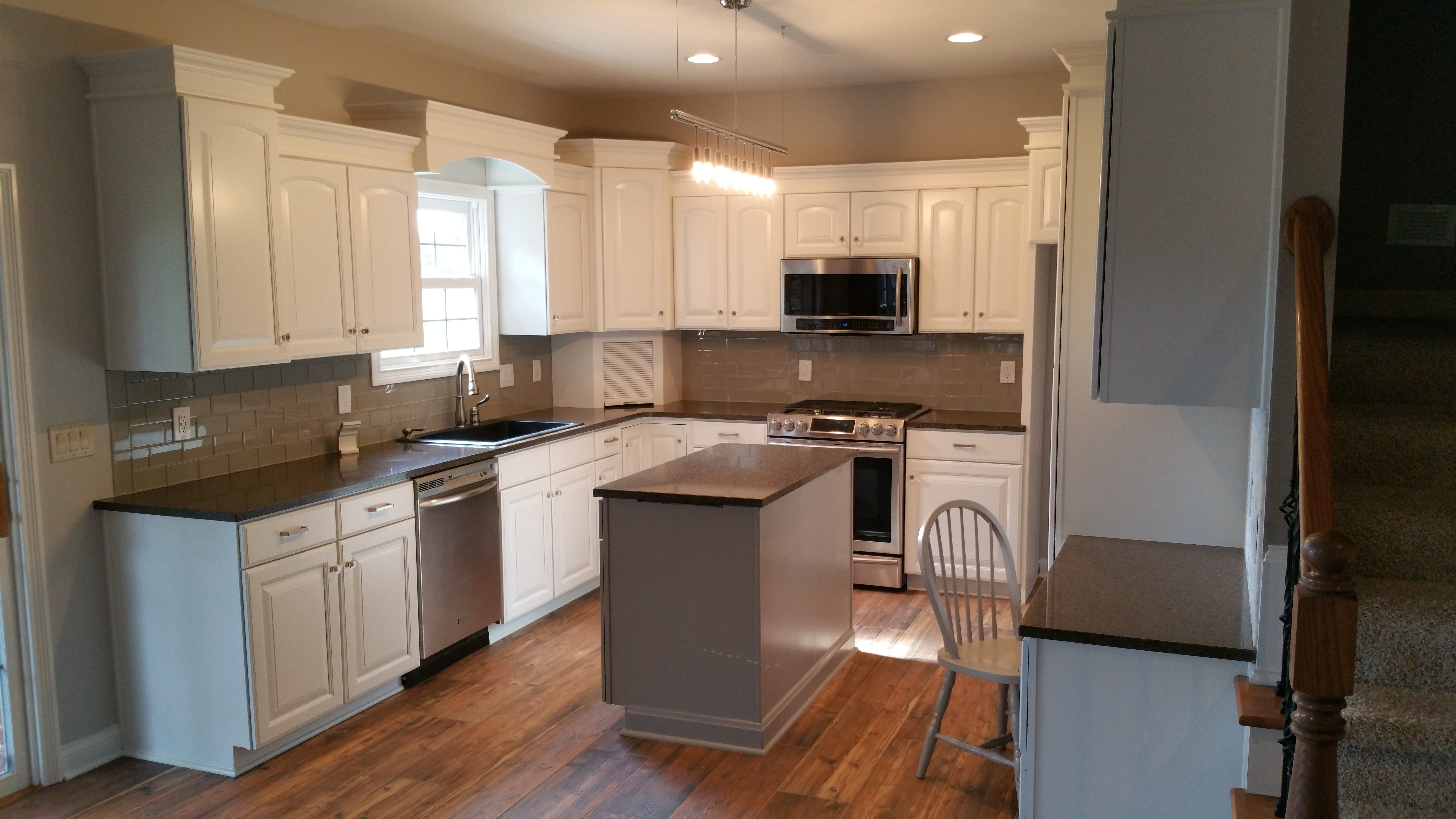 products to refinish kitchen cabinets